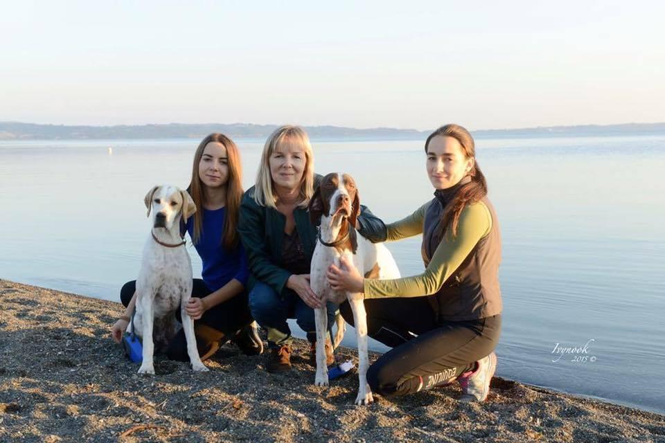 Girls at Lago di Bracciano